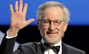 Steven Spielberg Hey 300x183 - Стивен Спилберг