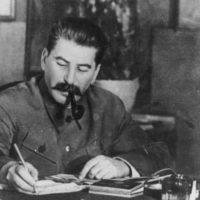 joseph staline en 1949 200x200 - Наполеон Бонапарт