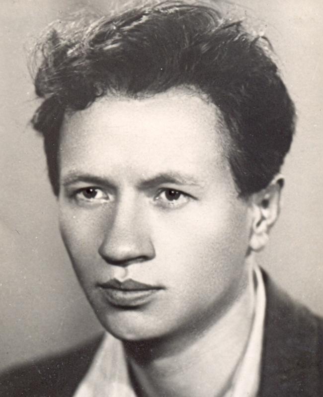 Леонид Федорович Быков