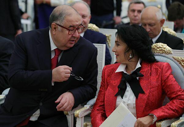 Миллиардер со своей женой Ириной Винер