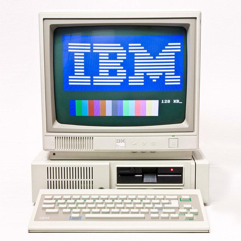 1414403790 4 - IBM