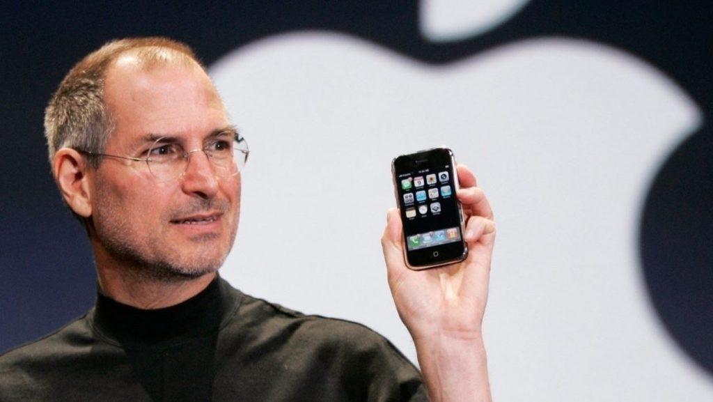 2860840739 1024x577 - Apple