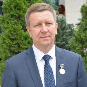 Сергей Лесь